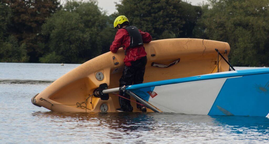 Pico early in capsize